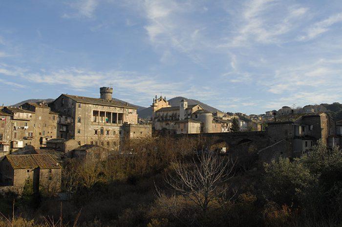 MONTECCHIO E LE FIGLIE DELLA LUNA – VIAGGIO NELLA TUSCIA INCANTATA